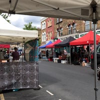 6/4/2017에 Melissa C.님이 Chatsworth Road Market에서 찍은 사진