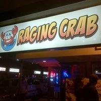 Снимок сделан в Raging Crab пользователем Kenny T. 4/6/2013