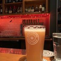 Das Foto wurde bei Right Proper Brewing Company von Stephen O. am 10/21/2018 aufgenommen