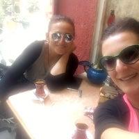 Foto tomada en Karınca Cafe por Işıl Ş. el 5/20/2016