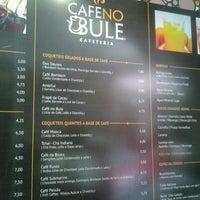 รูปภาพถ่ายที่ Café no Bule โดย Marcia L. เมื่อ 3/15/2014