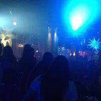 Das Foto wurde bei Oasis Night Life von David Y. am 4/12/2013 aufgenommen