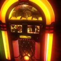 รูปภาพถ่ายที่ BadFish โดย SandyInBerlin เมื่อ 12/17/2012
