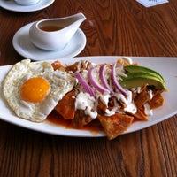 Foto diambil di Cinco Cocina Urbana oleh Inés G. pada 4/21/2014