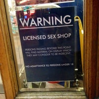 Gay Sex Toys Londres très énorme cul noir