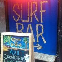 Foto tirada no(a) Réunion Surf Bar por Corey P. em 5/28/2013