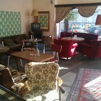 10/21/2012 tarihinde Lone K.ziyaretçi tarafından Villa Neukölln'de çekilen fotoğraf