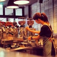Das Foto wurde bei The Roastery by Nozy Coffee von Taro M. am 11/2/2013 aufgenommen