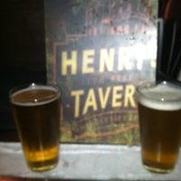 Das Foto wurde bei Henry's 12th Street Tavern von Rita G. am 9/30/2012 aufgenommen