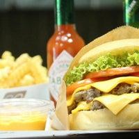 7/24/2015にBoodi B.がBoodi's Burgerで撮った写真