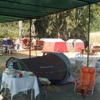 Das Foto wurde bei Azmakbasi Camping von Zeki B. am 8/27/2015 aufgenommen