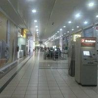 Foto tirada no(a) Araguaia Shopping por Lucas R. em 8/24/2012