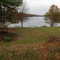 Foto scattata a Sturbridge Host Hotel & Conference Center da Scott C. il 10/25/2012