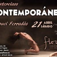 f27be757c4ff Foto tomada en Flow Escuela de Baile y Pole Dance por Flow Escuela de Baile  y ...