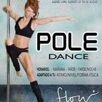 9f43b3b0c746 ... Foto tomada en Flow Escuela de Baile y Pole Dance por Flow Escuela de  Baile y