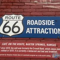 Foto scattata a Cafe on the Route da Rusty K. il 12/31/2012