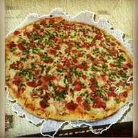 2/23/2013にMarco Aurelio G.がSalvator's Pizzaで撮った写真