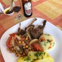 Foto tirada no(a) Restaurante D'Arábia por Vitor T. em 7/7/2018