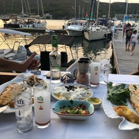 Foto scattata a Fethiye Yengeç Restaurant da Nilay T. il 7/2/2018