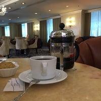 7/18/2017 tarihinde Hasan T.ziyaretçi tarafından Wyndham Grand Regency Doha Hotel'de çekilen fotoğraf