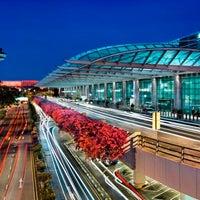 Снимок сделан в Terminal 2 пользователем Changi Airport 1/29/2014