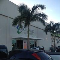 Foto diambil di Boulevard Shopping Campos oleh Matheus M. pada 2/19/2014