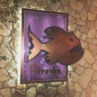 รูปภาพถ่ายที่ Piranha Nightclub โดย George N. เมื่อ 11/12/2015