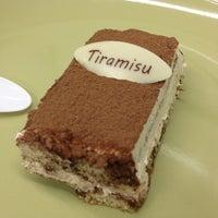 รูปภาพถ่ายที่ Moscow & Tbilisi Russian Bakery โดย Melissa D. เมื่อ 3/5/2013