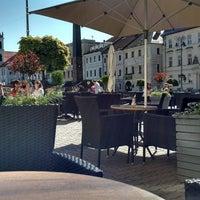 Foto scattata a Leroy Bar & Café da Leroy Bar & Café il 9/29/2017