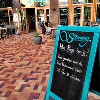 Foto diambil di Stroming Eten & Drinken oleh Puur! uit eten pada 10/10/2012