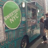 Foto tomada en Sweetery NYC por Maryann K. el 7/24/2013
