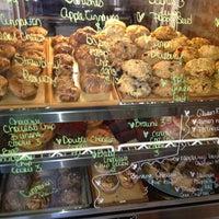 รูปภาพถ่ายที่ Clementine Bakery โดย Clarissa G. เมื่อ 4/27/2013