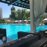 Снимок сделан в Park Misto Restorant пользователем Bilal Ç. 8/2/2018