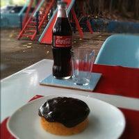 Foto tirada no(a) Cobogó Mercado de Objetos por Cobogó M. em 10/25/2012