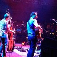 Foto tomada en Brooklyn Bowl Las Vegas por Paul C. el 4/21/2014
