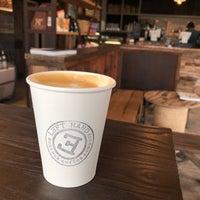 5/23/2019 tarihinde Anastasia S.ziyaretçi tarafından Left Hand Coffee'de çekilen fotoğraf