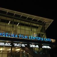 Foto tomada en Angelika Film Center at Mosaic por Abdulelah Q. el 12/26/2012
