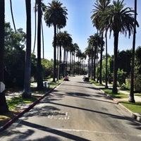 Снимок сделан в Streets of Beverly Hills пользователем Egor S. 5/20/2014