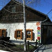 4/4/2012 tarihinde Igor M.ziyaretçi tarafından Шинок «Куманёк»'de çekilen fotoğraf