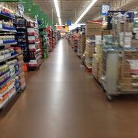 Foto scattata a Walmart Supercenter da Tom O. il 8/16/2014
