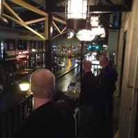 11/3/2013 tarihinde Tom O.ziyaretçi tarafından The Lodge Bar + Grill'de çekilen fotoğraf