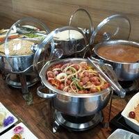 Foto tirada no(a) Restaurante Catarina631 por Restaurante Catarina631 em 7/15/2014