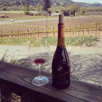 Foto scattata a Papapietro Perry Winery da Parker D. il 4/14/2013