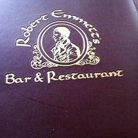 Снимок сделан в Robert Emmet's Restaurant пользователем Colleen F. 3/22/2013