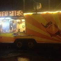 Photo prise au Whiffies Fried Pies par Mindy G. le11/30/2012