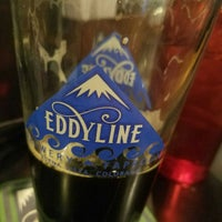 Foto tirada no(a) Eddyline brewing Taproom por Jason C. em 10/22/2017