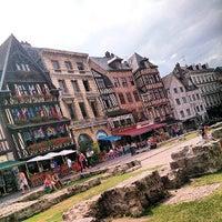 Photo prise au Place du Vieux Marché par Mr-Lorenzo le7/26/2013