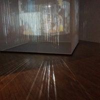 Foto scattata a Galerie Jaroslava Fragnera da Ahastudio il 5/22/2014