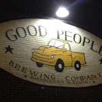 Foto tomada en Good People Brewing Company  por Ralph M. el 11/25/2012