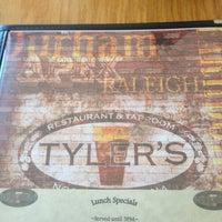 Снимок сделан в Tyler's Restaurant & Taproom пользователем Franklin M. 5/25/2013